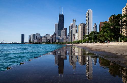 Chicago TopsIllinois' Amazon Bid