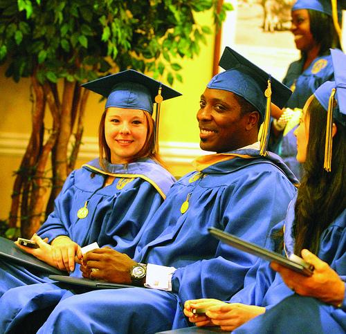 Report: 46-Percent OfIllinoisHigh School Grads Leave For College