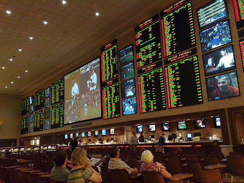 Illinois Lawmakers Look To Legalize Sports Betting