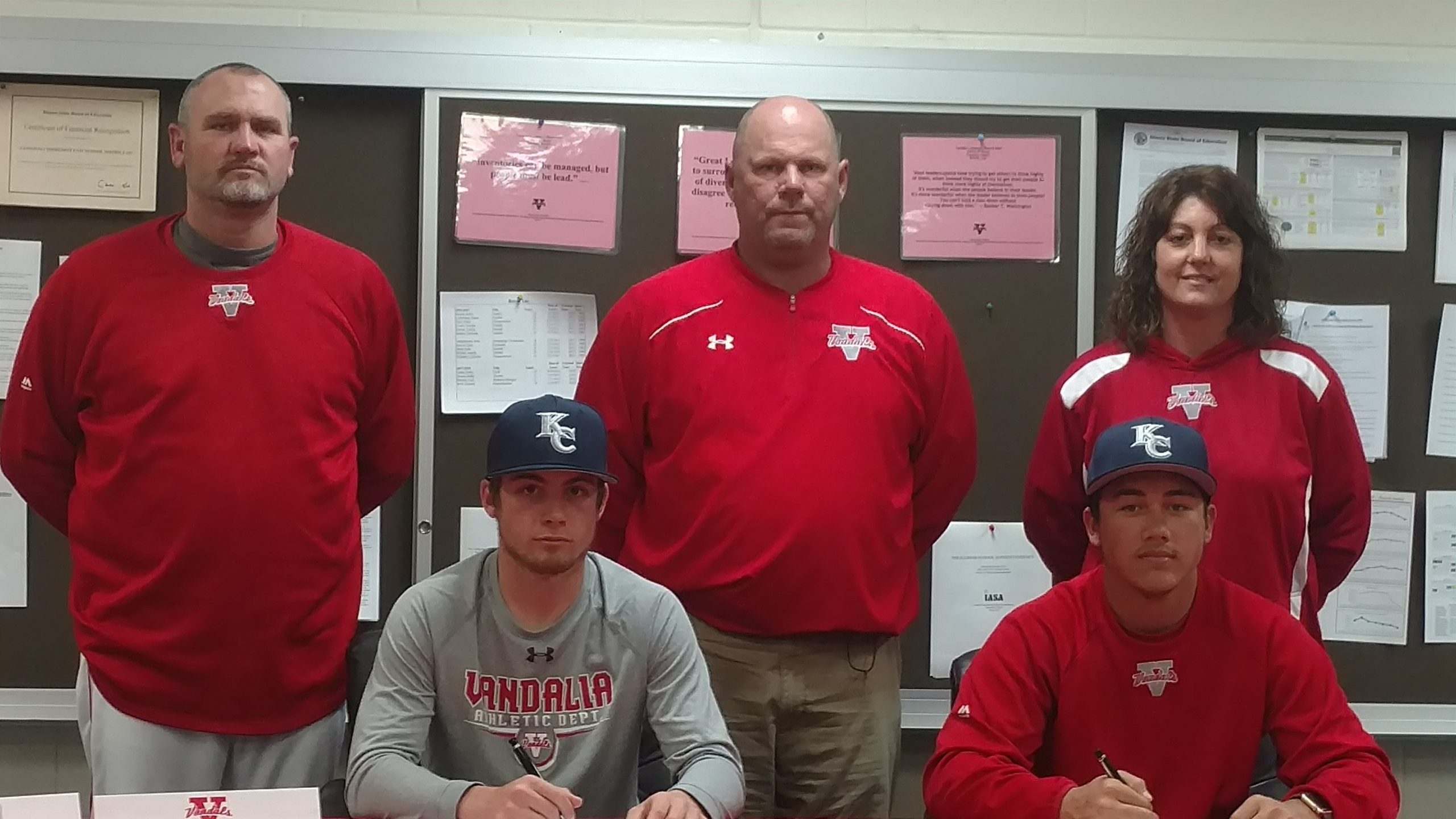 Vandals Richie Well, Kelly Jones will play baseball at Kaskaskia College