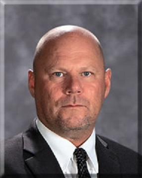 "Vandalia's Supt of Schools named a ""Superintendent of Distinction"""