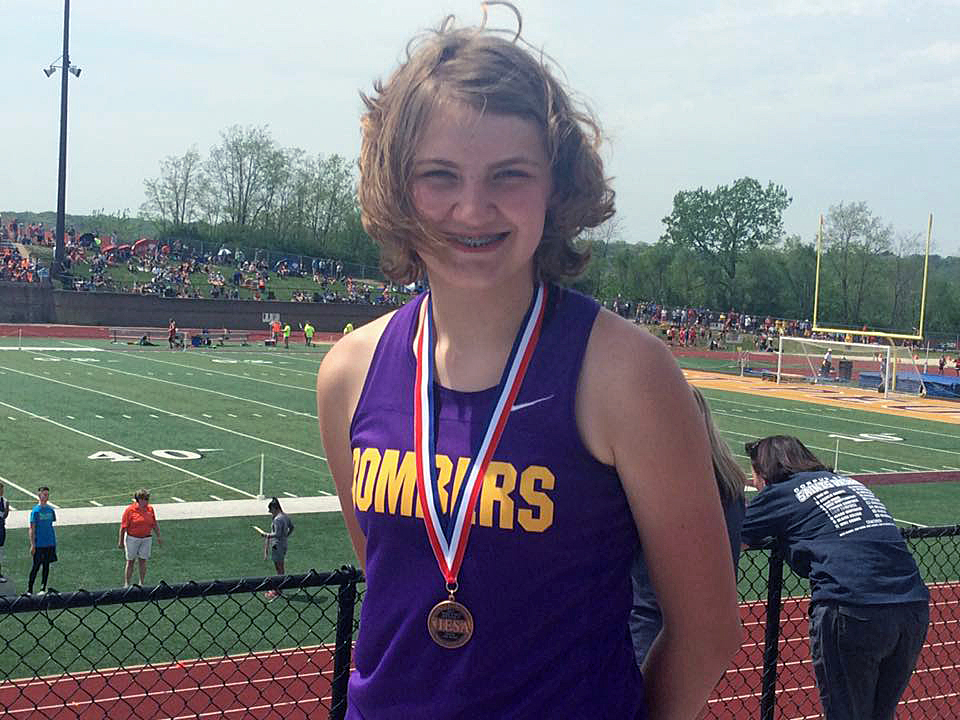 BSE's Stine Finishes 3rd in Discus at IESA State Track Meet