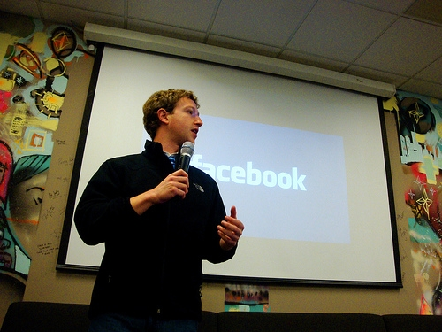 Zuckerberg Named Harvard Commencement Speaker