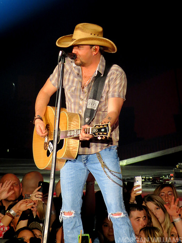 Aldean Has Several Concerts Scheduled For Southern California This Week