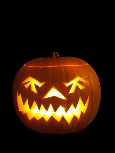 Lincoln Log Halloween Tonight