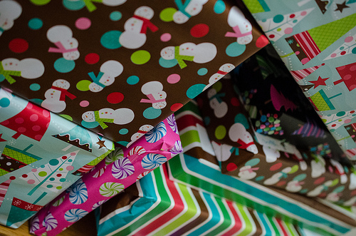 Relay for Life: Gift Wrapping