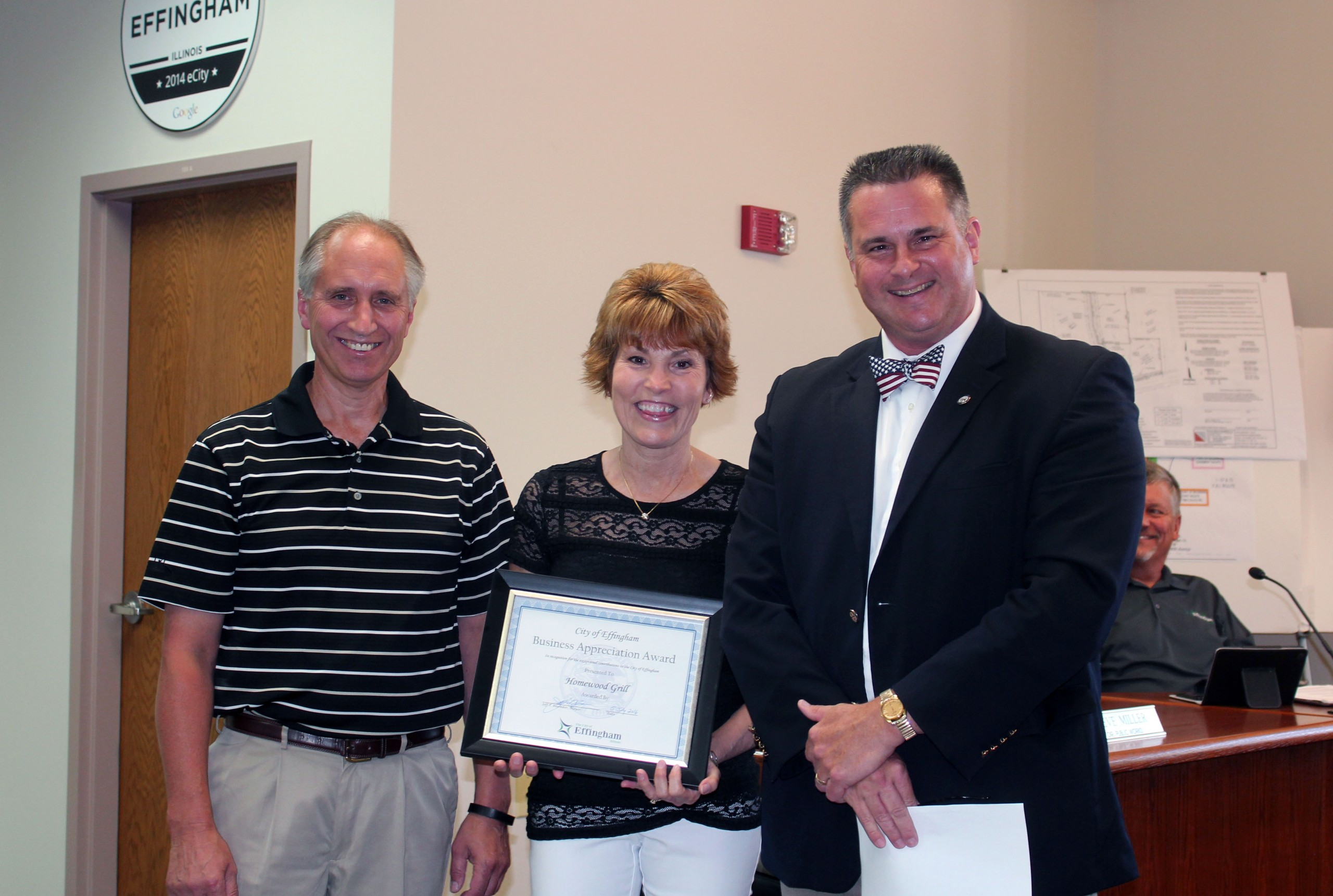 Homewood Grill Presented with Effingham's Business Appreciation Award