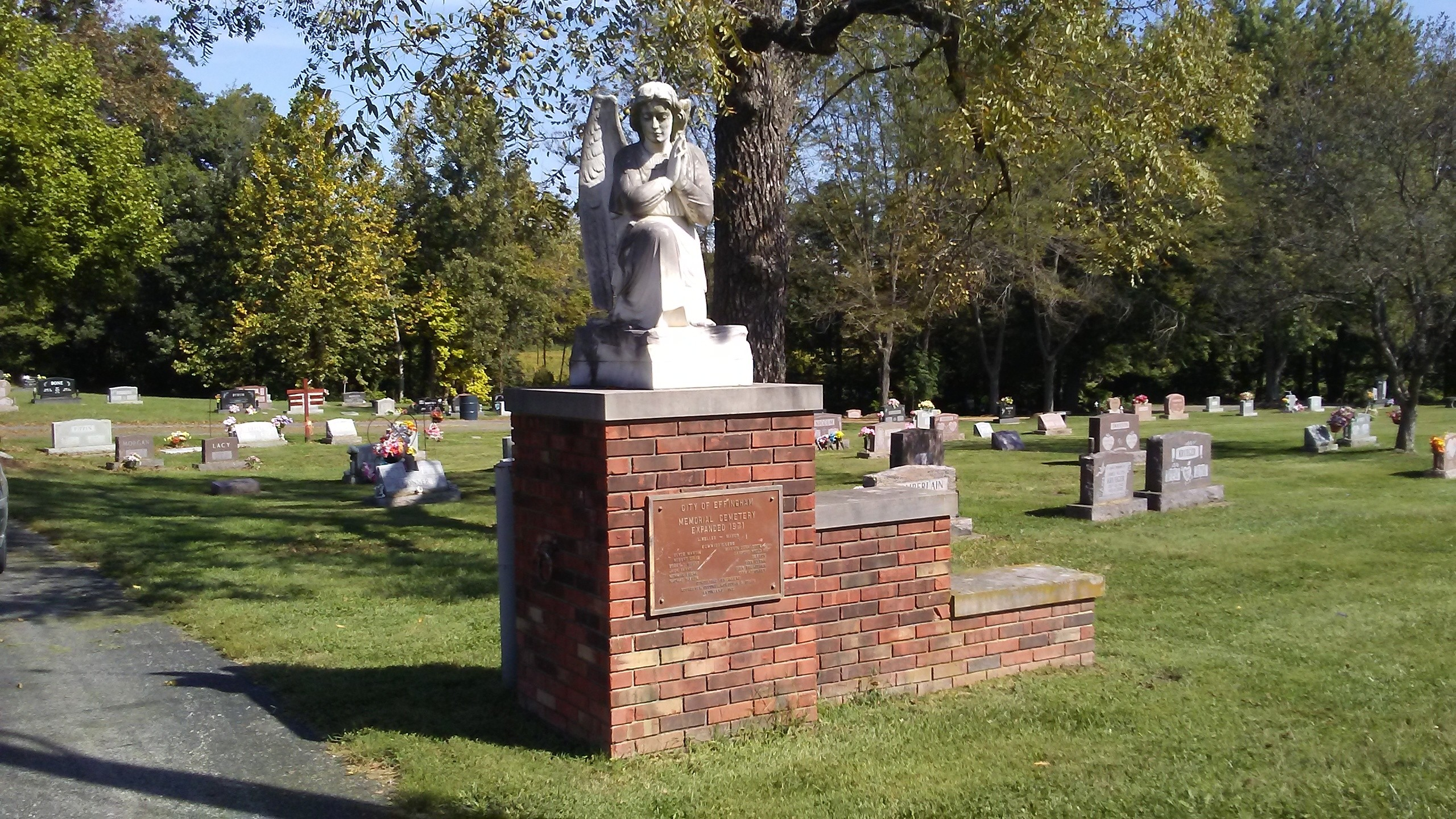 Thefts Occur at Oakridge Cemetery Over the Course of Two Days