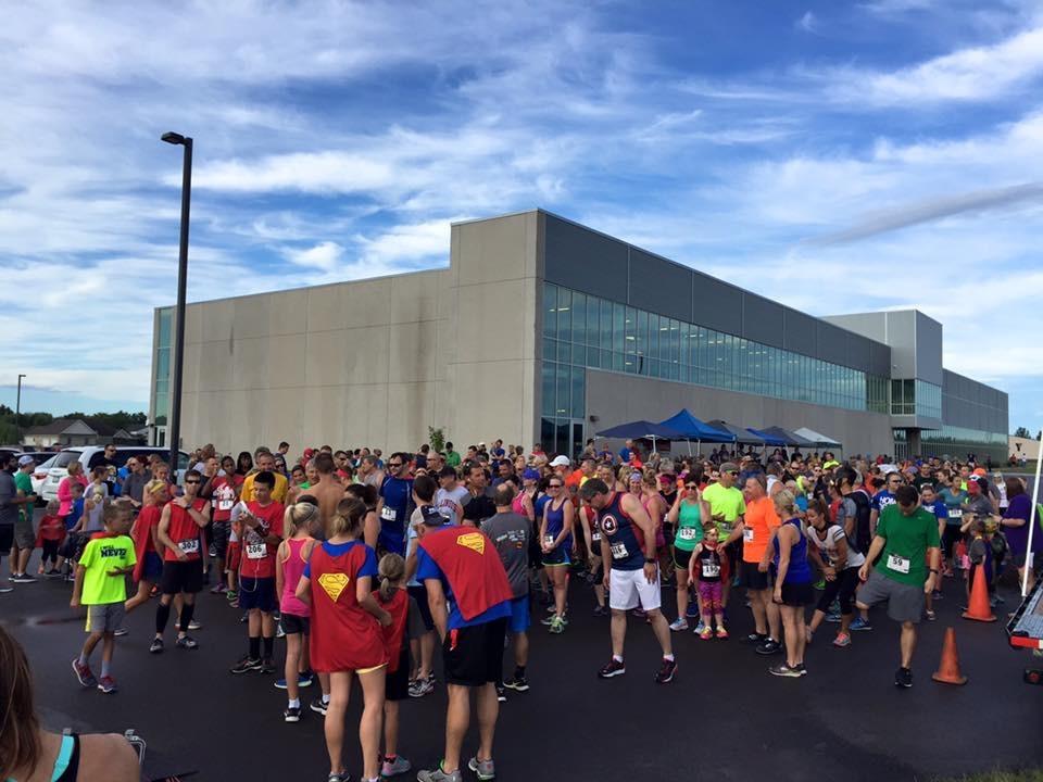 HSHS St. Anthony's Raises over $16,000 in Superhero Race