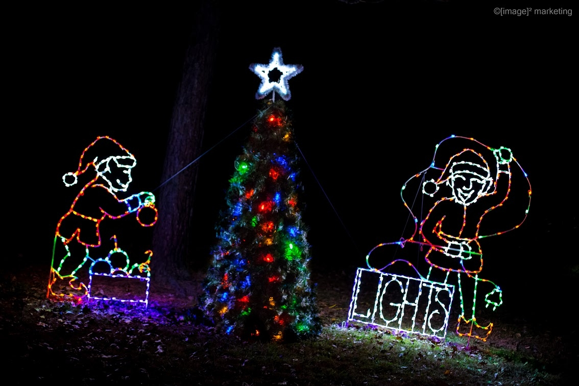 ***VIDEO*** Wonderland in Lights Brings Holiday Cheer in Effingham