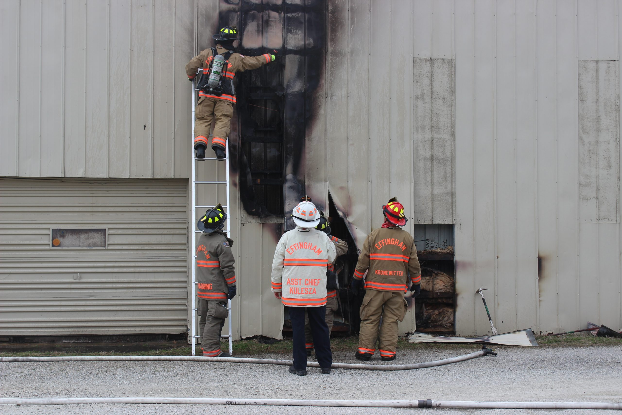 Effingham Fire Department Responds to Structure Fire at Trigg's Flooring