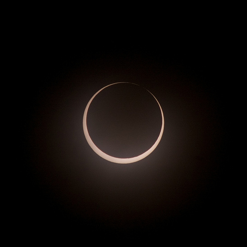 I-DOT Has Eclipse Safe Driving Tips
