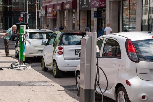 Illinois Would See $43B in Benefits From Electric Vehicles