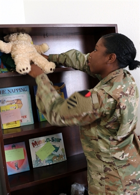 Deployed Soldiers Send Videos for Loved Ones at Home