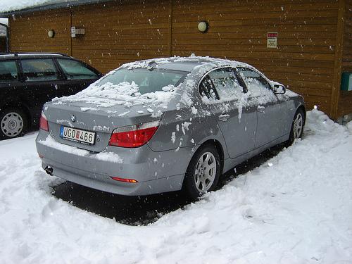 As Temperatures Drop, Check Tire Pressure More Often