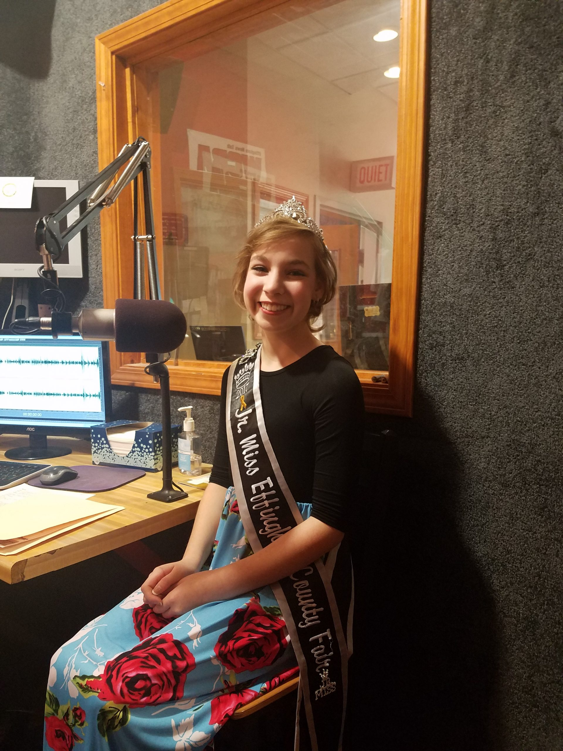 #ICYMI: 2017 Jr Miss Effingham County Fair Queen Talks About Project With Children's Miracle Network Hospital Service Project