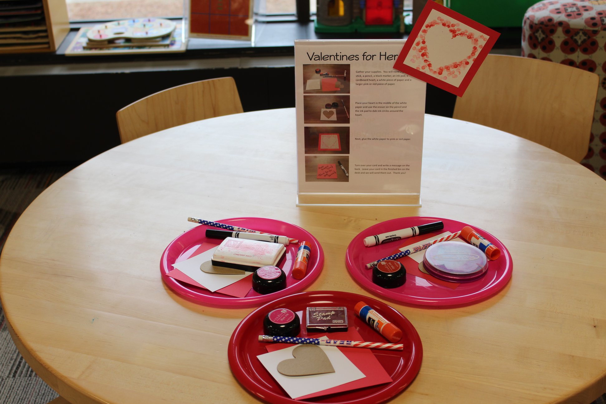 """Effingham Public Library Partners With Congressman Shimkus for """"Valentines For Heroes"""""""