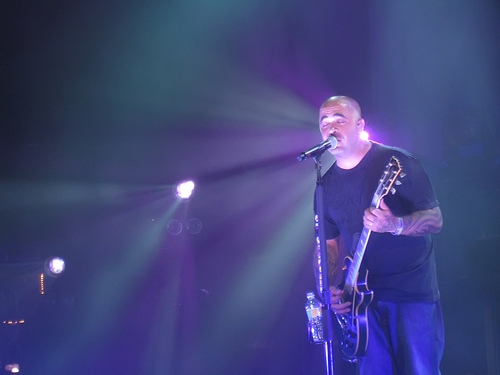 Could Staind Be Kicking Out Their Singer Aaron Lewis?