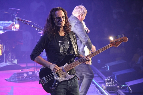 Rush's Geddy Lee Says That Neil Peart Is Not Retiring