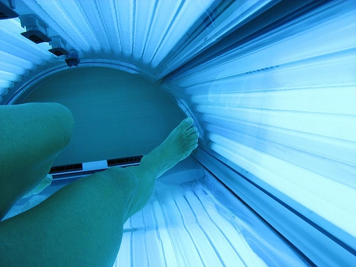 Bill Seeks To Ban Most Under-18 Tanning
