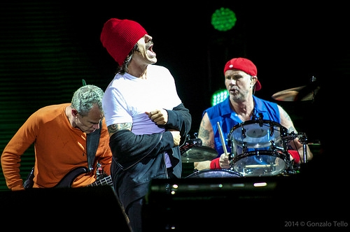 Red Hot Chili Peppers Released Their Music Video For 'Dark Necessities'
