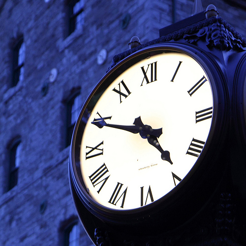 """Time Change This Weekend: Get ready To """"Fall Back' 1-hour"""