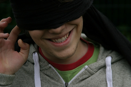 Want to Lose Weight?  Eat With a Blindfold On