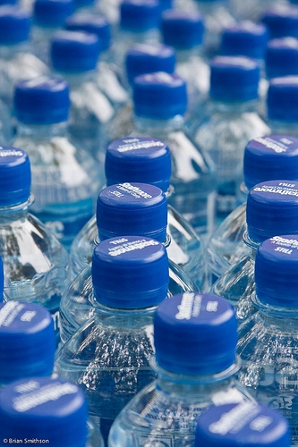 """A Woman Traded Her """"Diet Dr. Pepper"""" Twitter Name for 41,000 Bottles of Water for Flint, Michigan"""