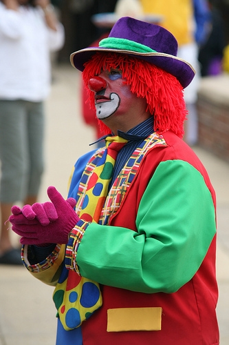 """Clowns are Losing Jobs Because of """"It"""""""