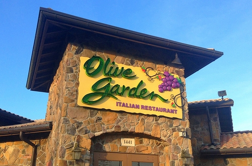 Olive Garden's New Invention Is a Bowl Made of Pizza Crust Filled with Meatballs