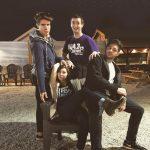 Kallie, Jesse Gun, Part-Time Justin, & Hot Intern Jordan with an awkward family photo