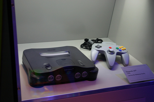 Thieves Break Into a Car and Leave Behind a Nintendo 64