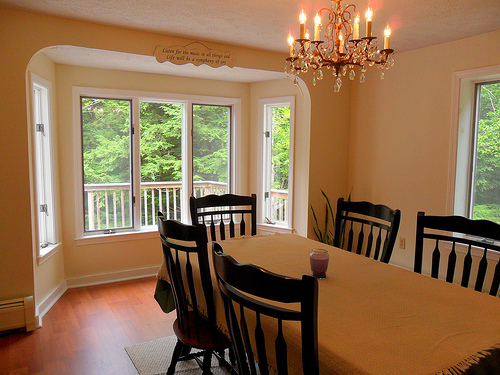 Half of People Say Having a Dining Room Isn't Important Anymore