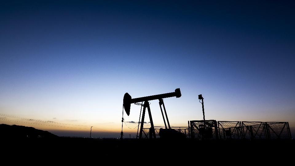 OIL_DERRICK
