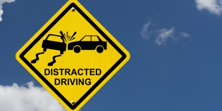 distracted_driving_