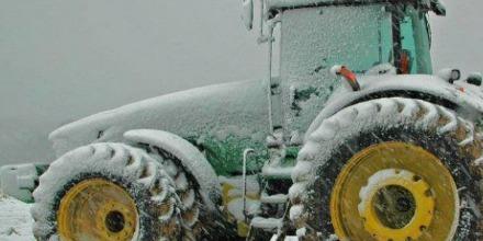 tractor_snow_