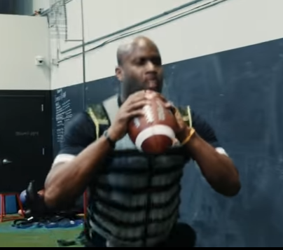 Rider QB hopeful Vince Young releases YouTube workout video