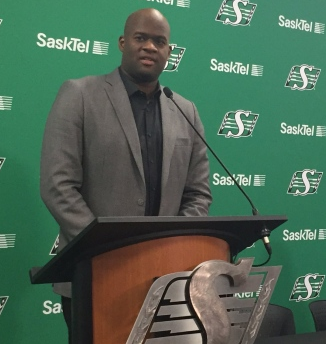 Vince Young released by Saskatchewan Roughriders
