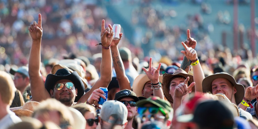 Environment Canada says Country Thunder will happen under a hot sun