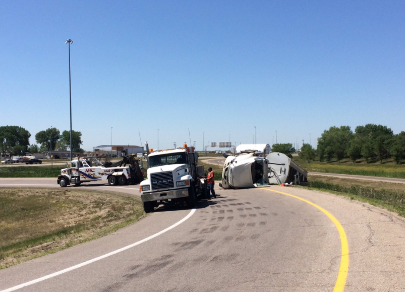 Accident on Ring Road off-ramp delays traffic in Regina's south end