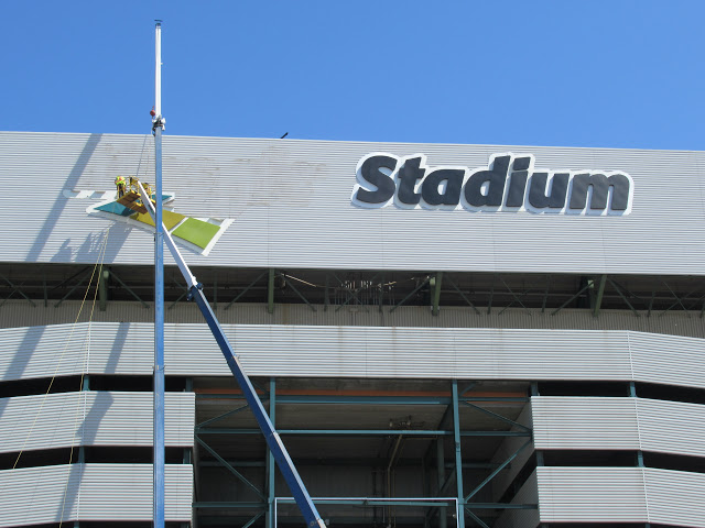 Mosaic Stadium sign comes down off of old stadium