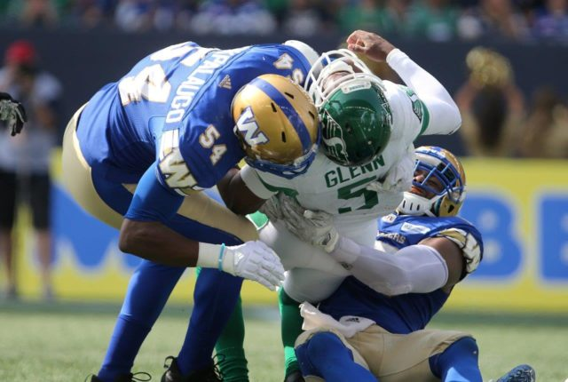 Kevin Glenn injured as Bombers win Banjo Bowl in decisive fashion