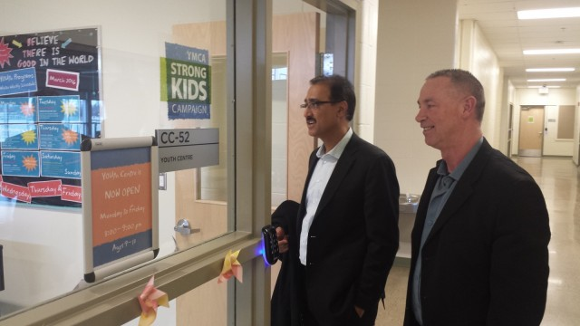 """Infrastructure Minister Sohi promises """"more"""" investment than ever before in Fort McMurray visit"""