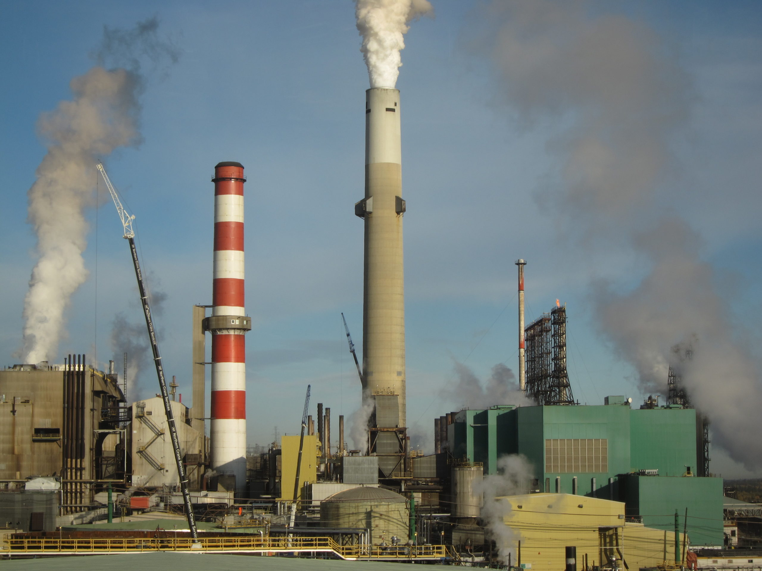 Suncor Looking to Tackle Carbon Impact Through Cogeneration Units