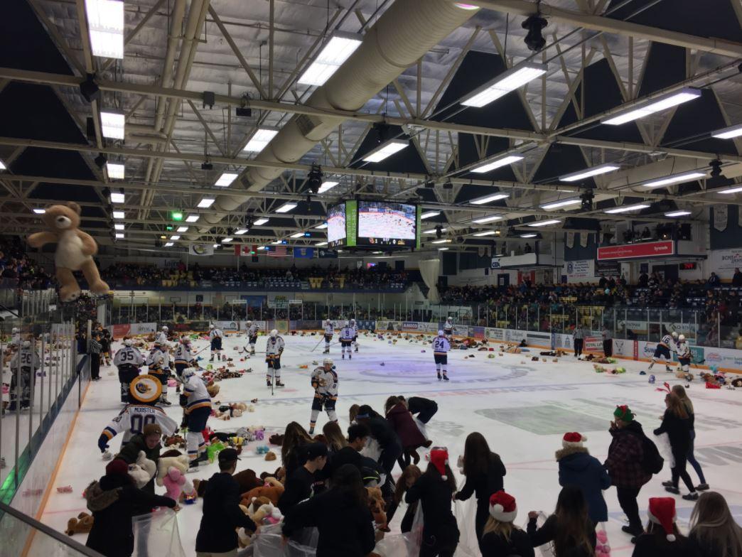 Oil Barons Teddy Bear Toss Sees Hundreds Of Bears Hit The Ice