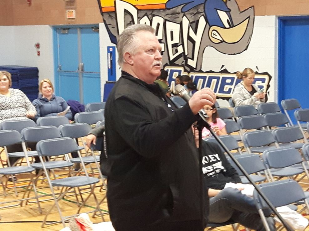 Frustrated Parents Voice Concerns Over Possible Greely Road School Closure