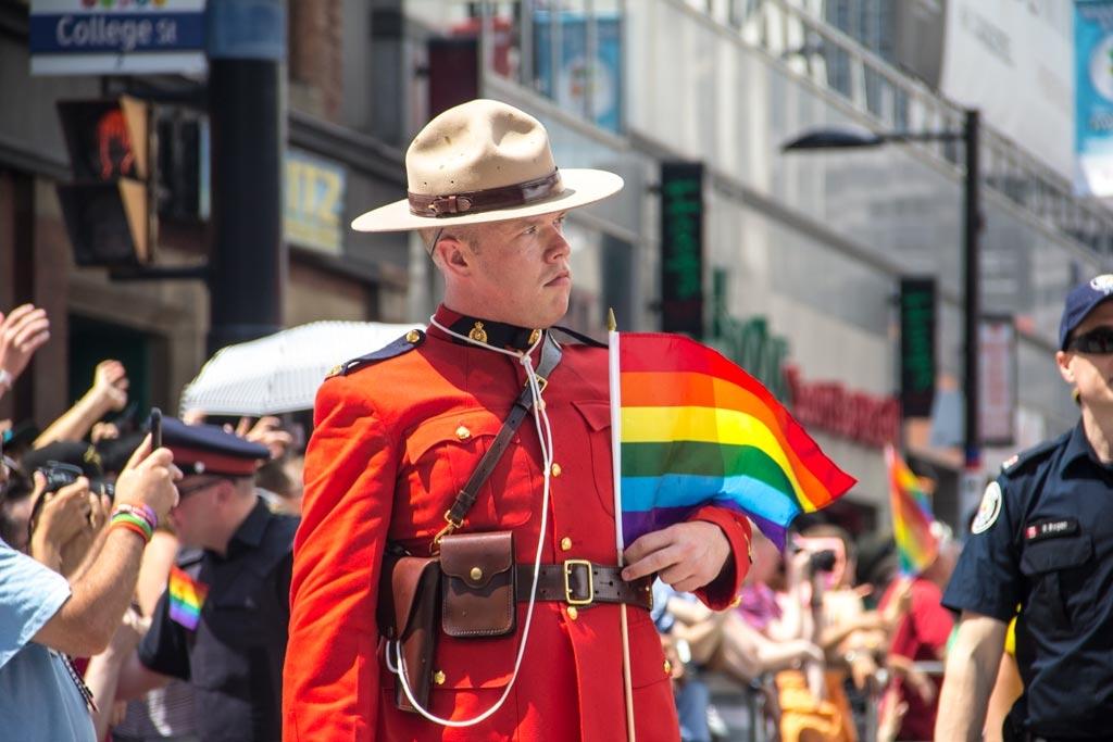Trudeau presenta un proyecto de ley para proteger a las personas transexuales