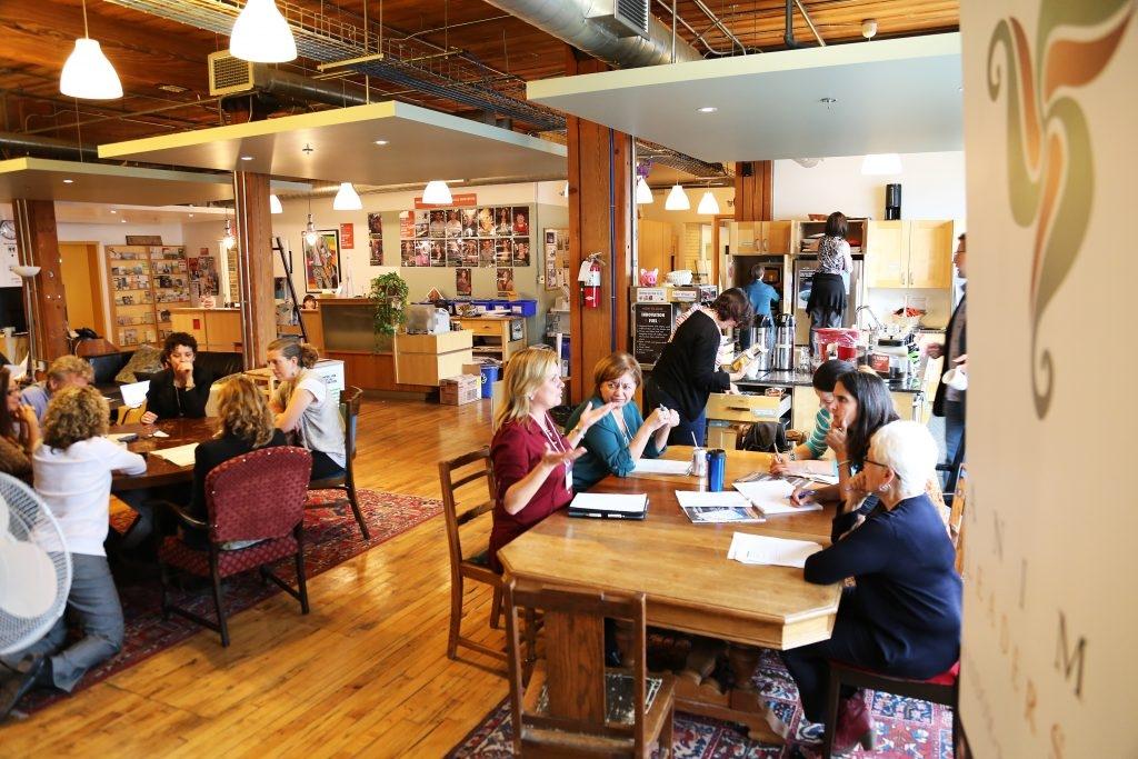 Mayor Tory launches StartUp HERE Toronto Café mentoring platform