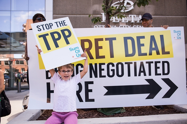 Thousands of Canadians raise their voices against TPP