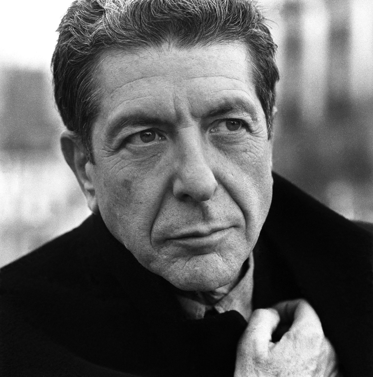 Leonard Cohen, renowned Canadian poet and singer-songwriter, dead at 82